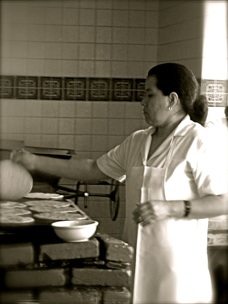 Making Tortillas. Photo by Kathleen Daelemans
